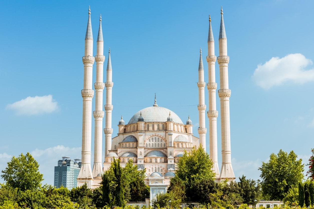 Adana Cami