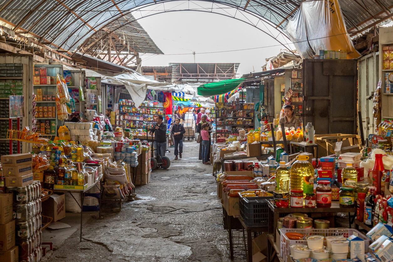 Bişkek oş pazarı