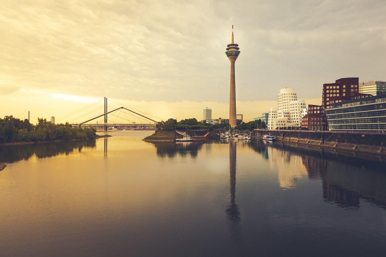 Düsseldorf Şehir Gezi Rehberi