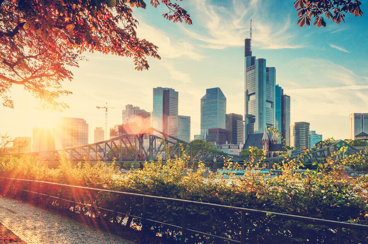 Frankfurt ne zaman gidilir