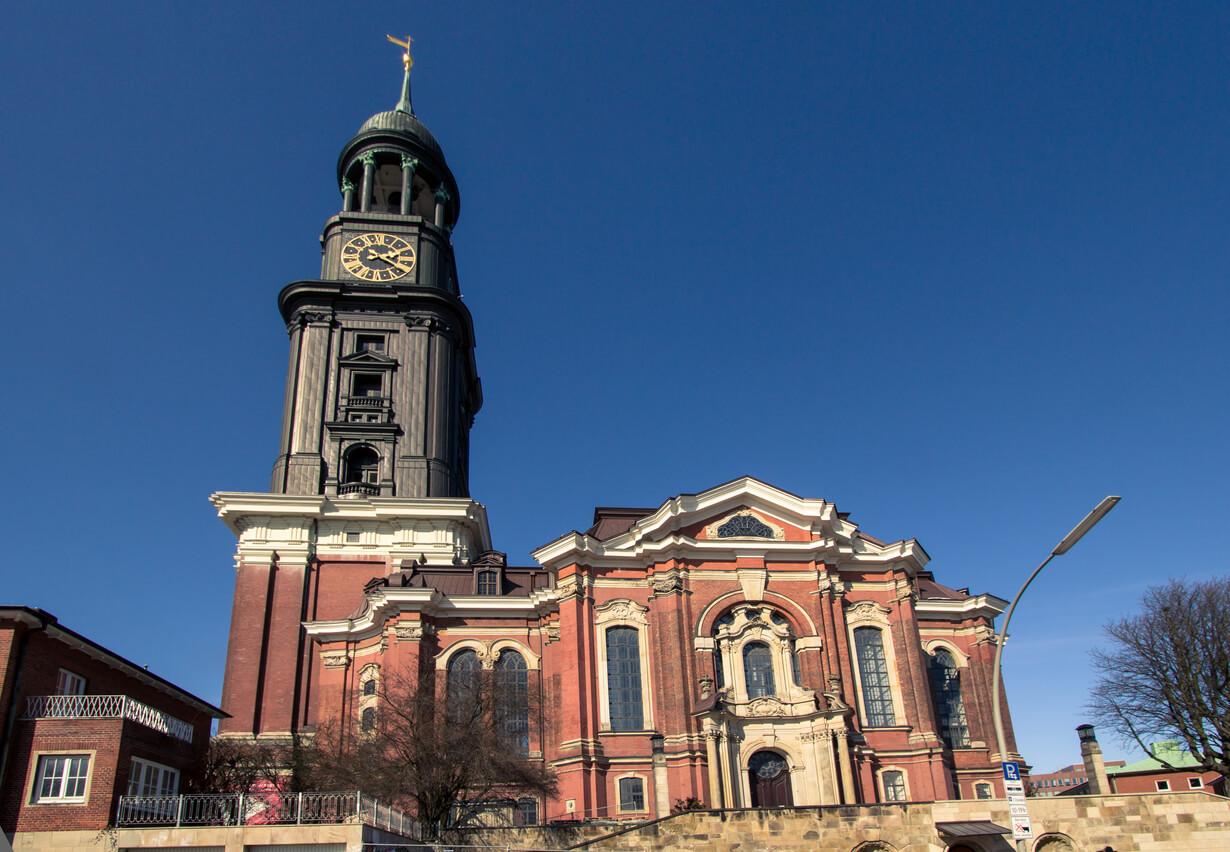 Hamburg St Michael kilisesi
