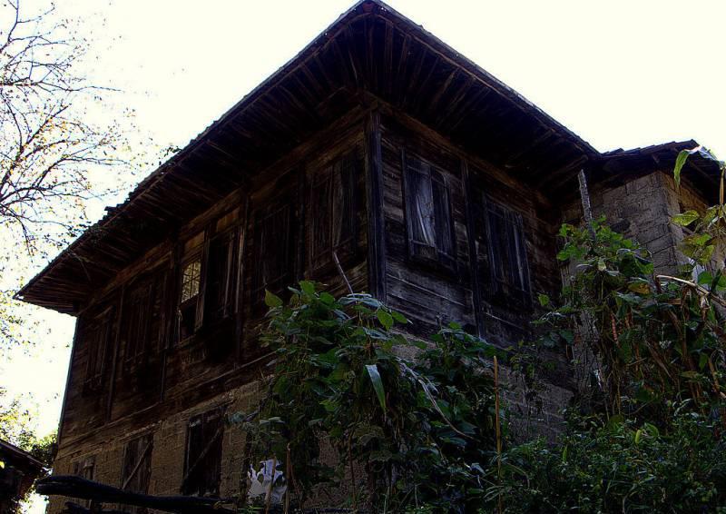 Hopa eski evler gezilecek yerler