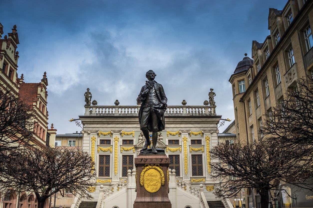 Leipzig goethe anıtı