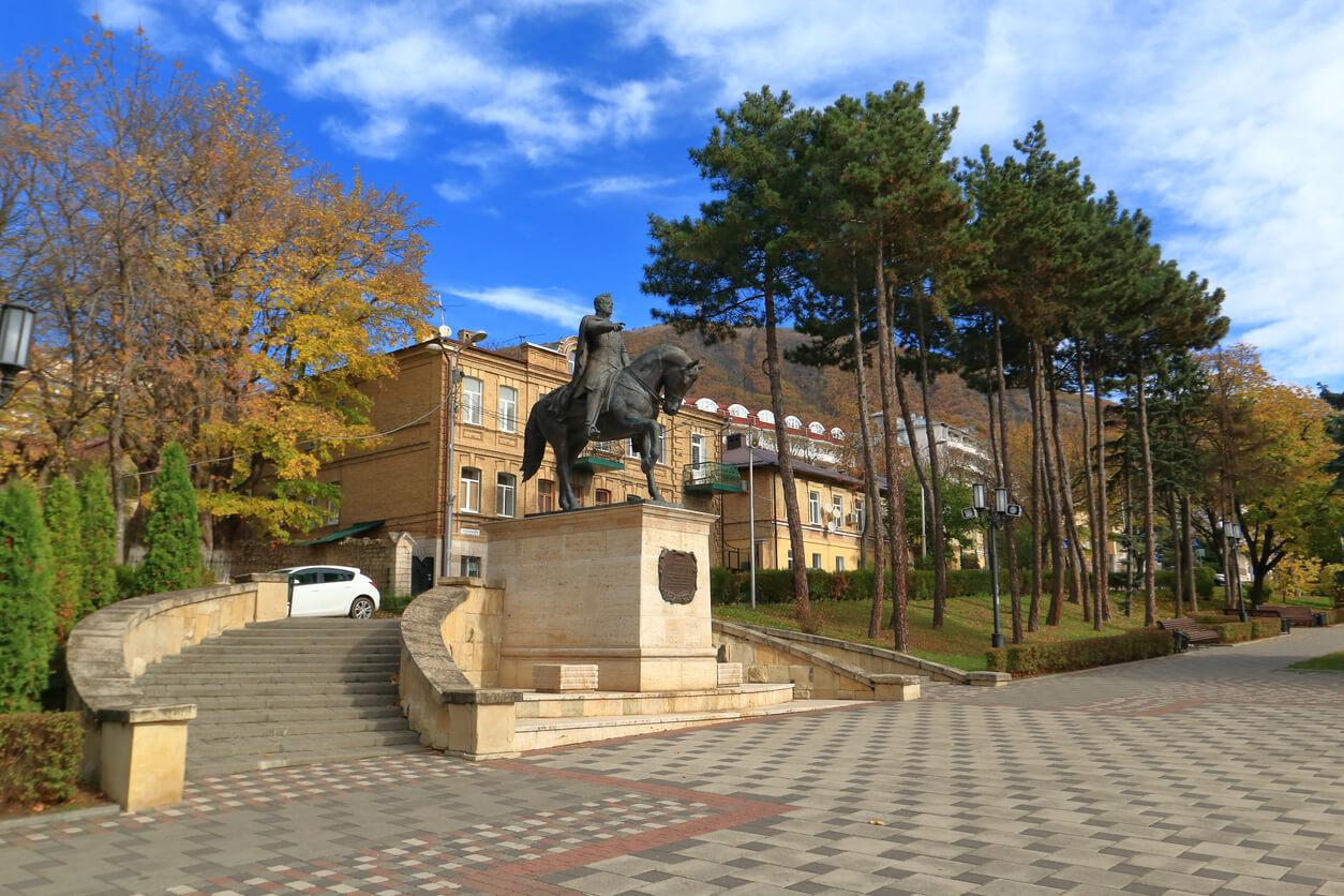 General Yermolov Anıtı