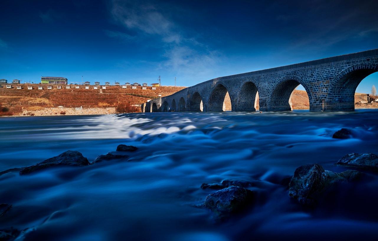 Muş murat köprüsü