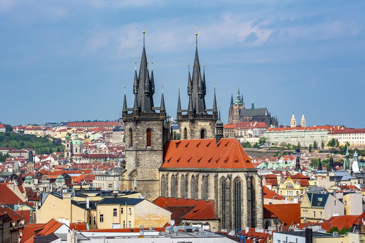 Prag otelleri nerede kalınır