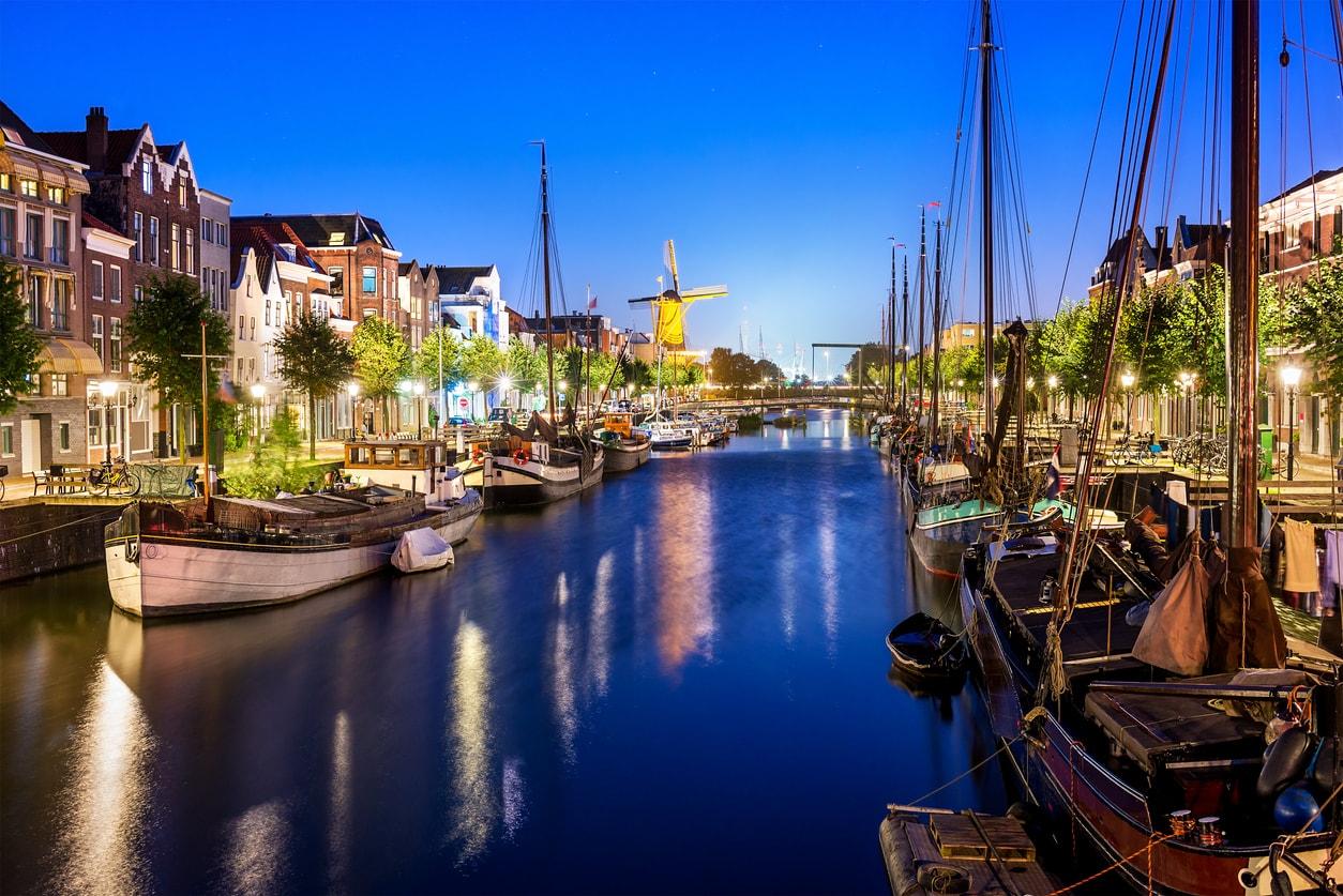 Rotterdam şehir gezi rehberi