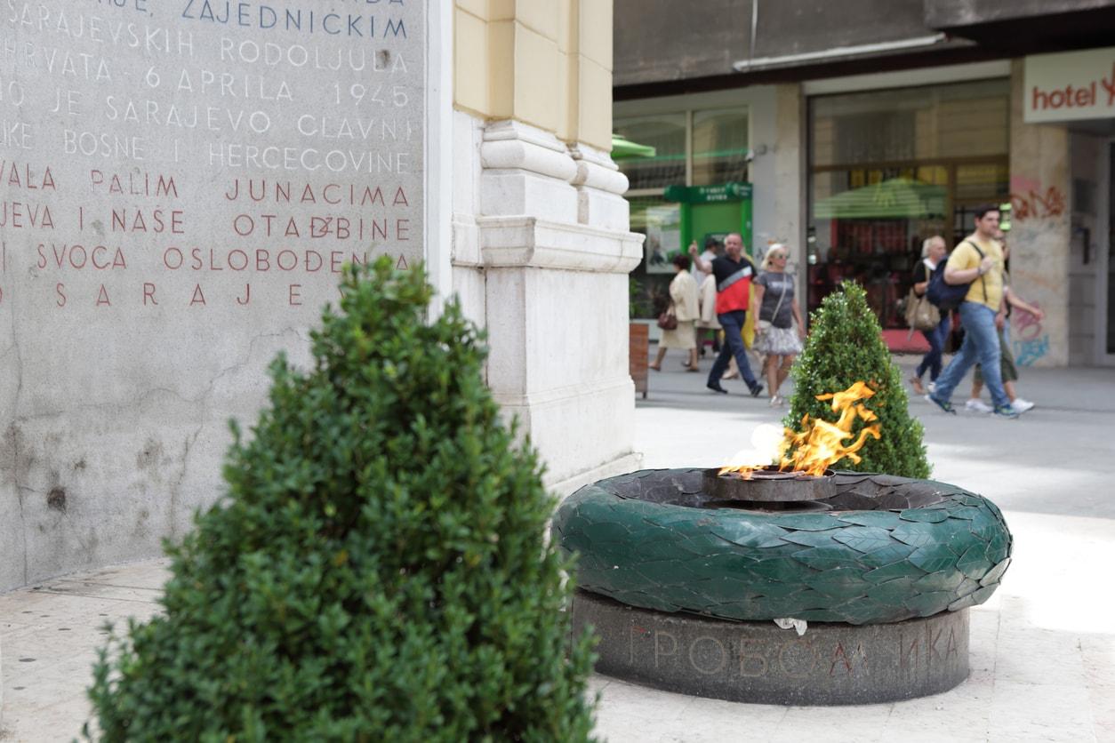 Saraybosna ateş anıtı
