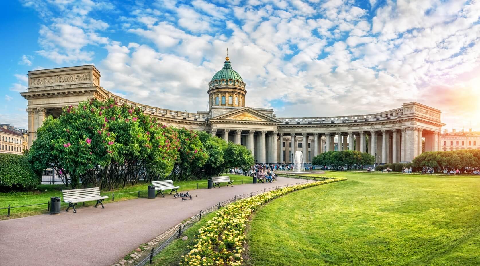 best time to visit St. Petersburg