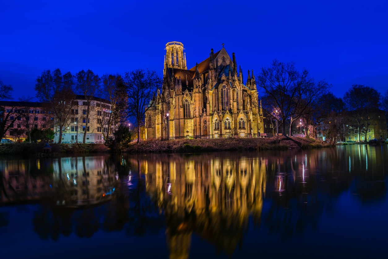 Stuttgart gothic kilise gece hayatı