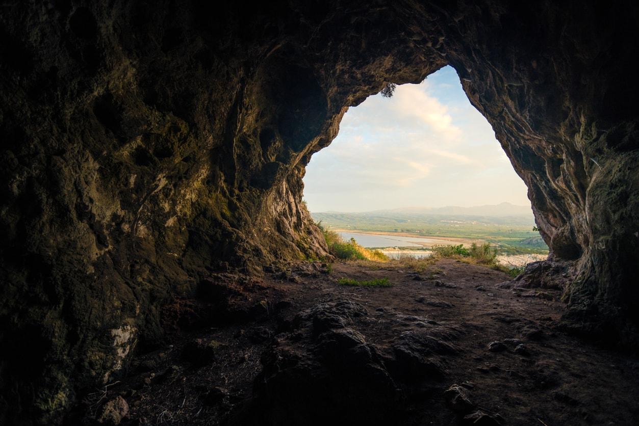 Süleymaniye hazar merd mağarası