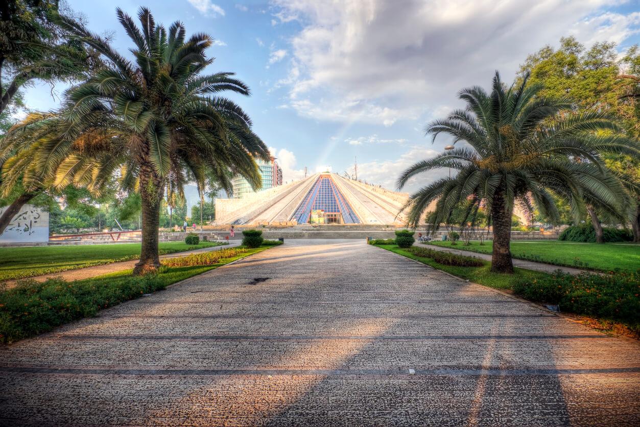 Tiran Piramit