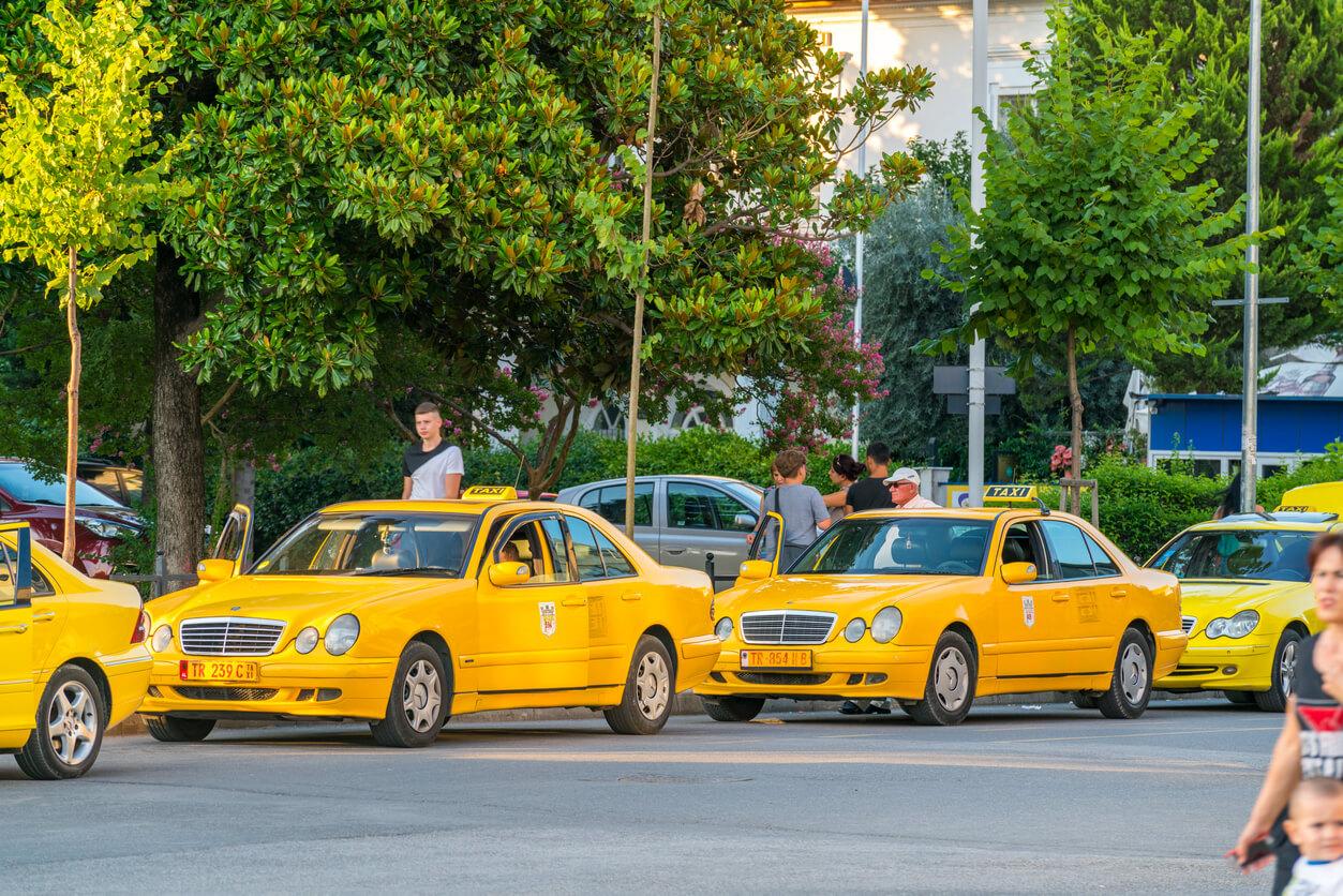 Tiran şehir içi ulaşım