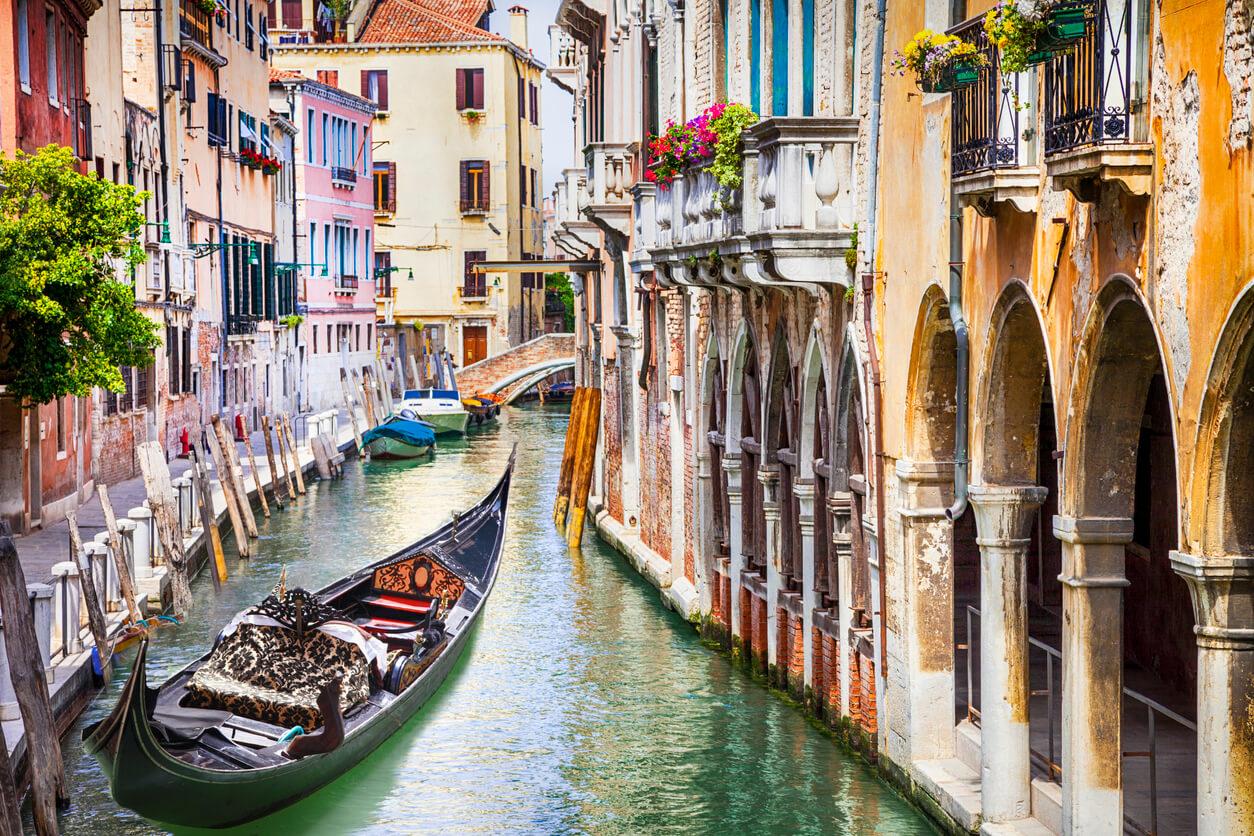 Venedik şehir içi ulaşım
