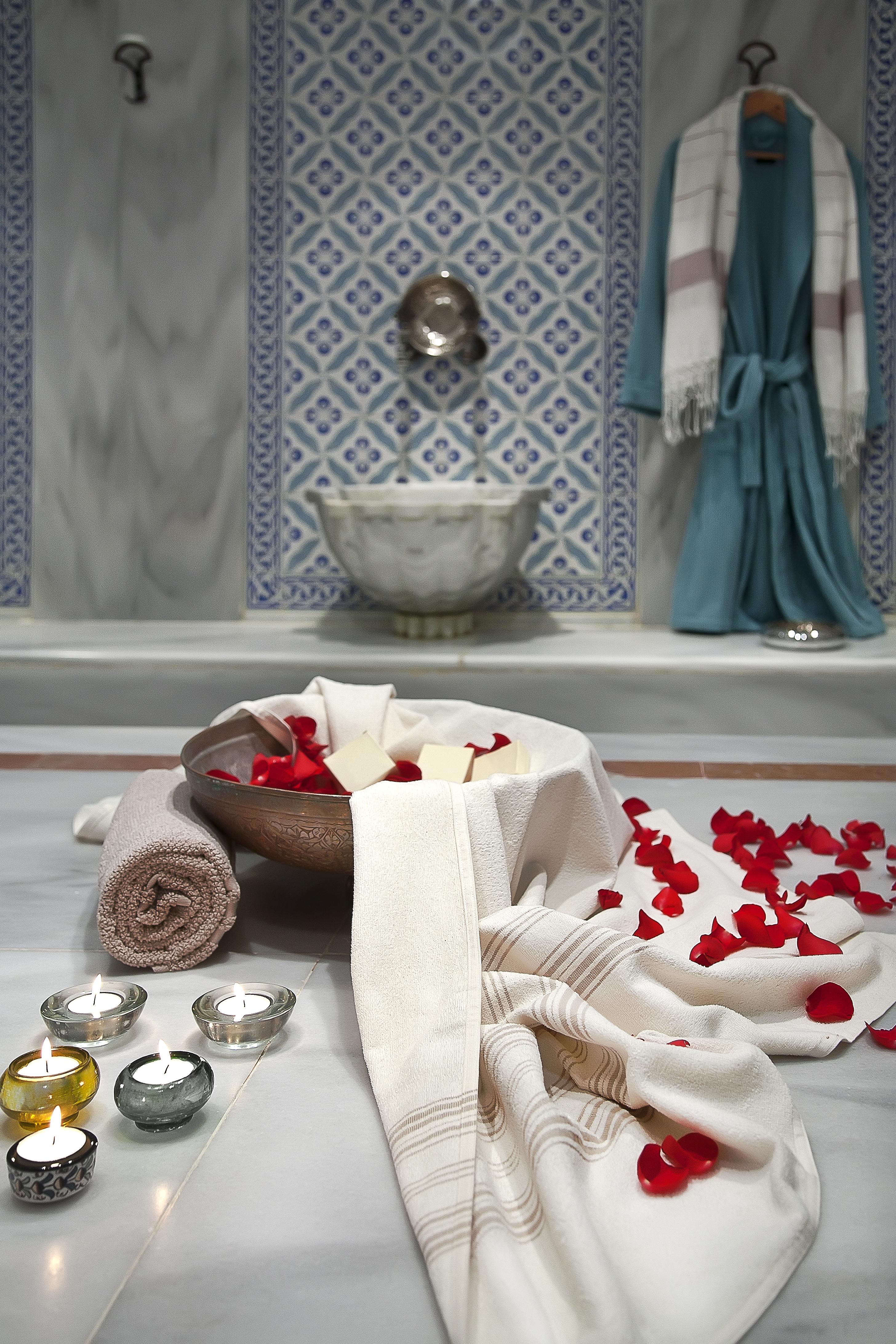 Türk hamamı Sevgililer Günü