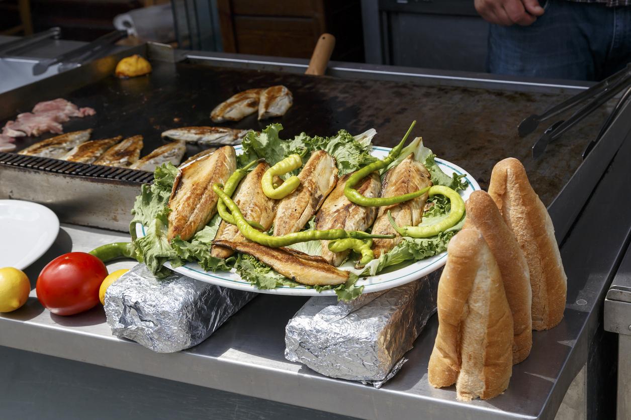 السمك والخبز